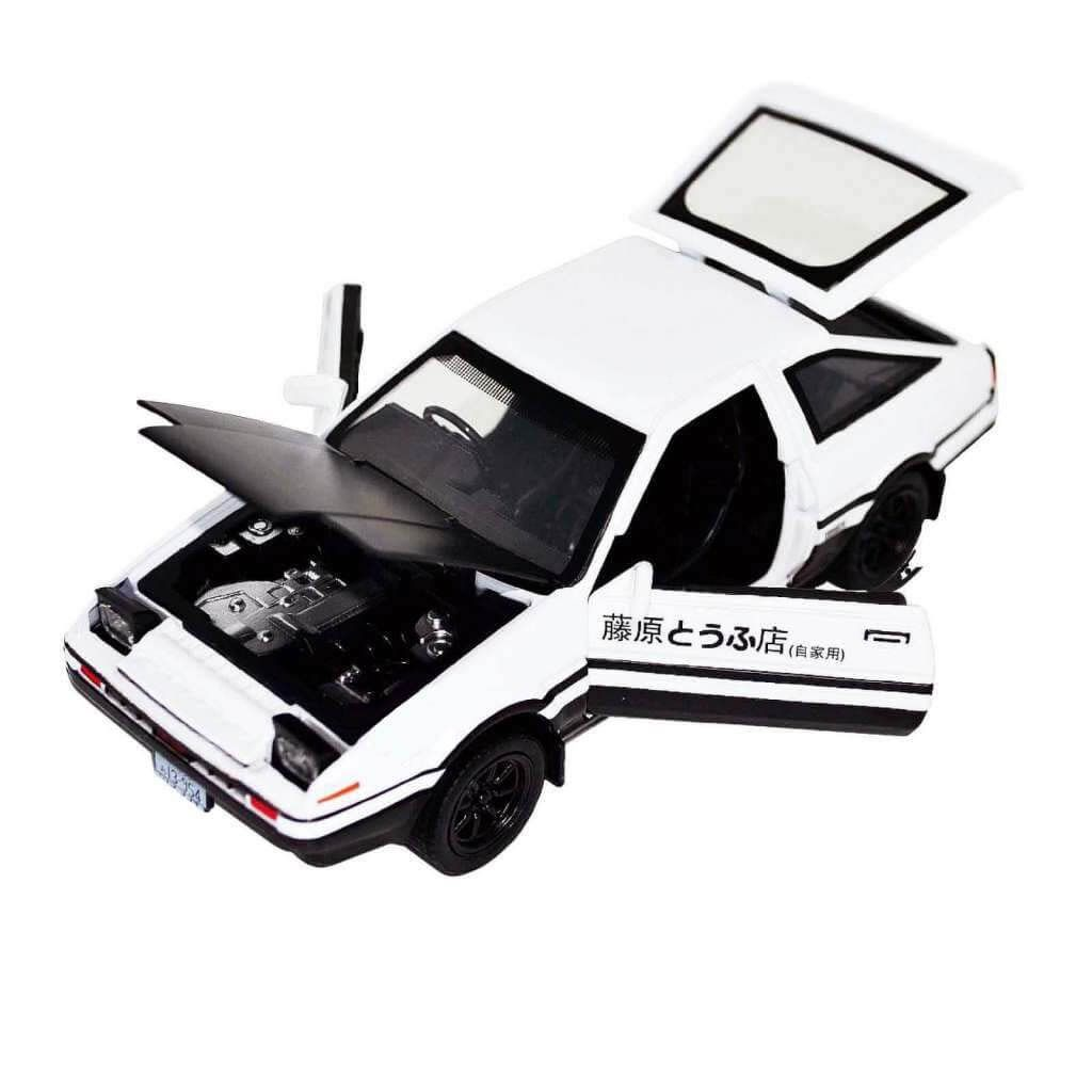 Фото масштабной автомодели - Initial D - Toyota Sprinter -rueno GT AE86 - с  открытыми дверьми
